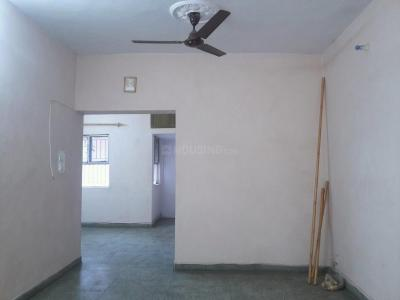Gallery Cover Image of 1050 Sq.ft 2 BHK Apartment for rent in Mayur Vihar II for 18500