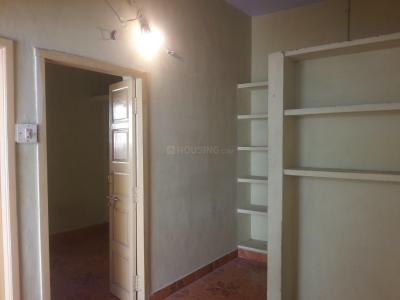 Gallery Cover Image of 350 Sq.ft 1 BHK Apartment for rent in Choolaimedu for 7500
