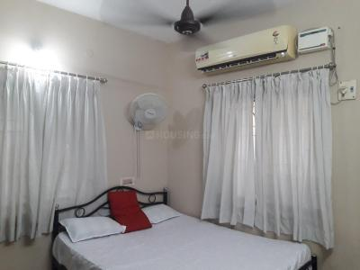 Gallery Cover Image of 1250 Sq.ft 2 BHK Apartment for rent in Velachery for 28000