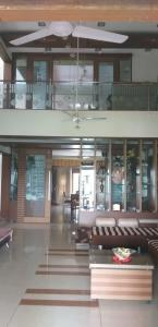 Gallery Cover Image of 9500 Sq.ft 5 BHK Independent House for buy in Ambli for 120000000