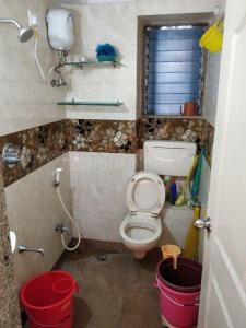 Bathroom Image of PG For Girls In Dadar in Dadar East