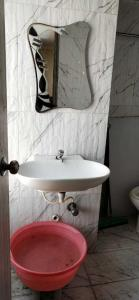 Bathroom Image of Ansari Property PG in Goregaon East