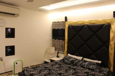 Gallery Cover Image of 1620 Sq.ft 3 BHK Independent Floor for buy in Pitampura for 28500000