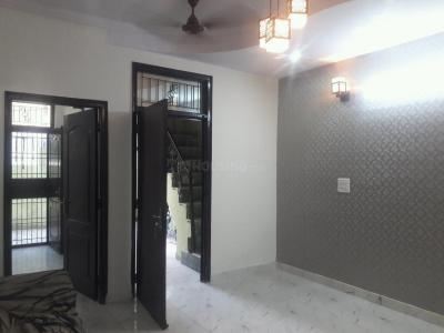 Gallery Cover Image of 1000 Sq.ft 3 BHK Independent Floor for buy in Shakti Khand for 4500000