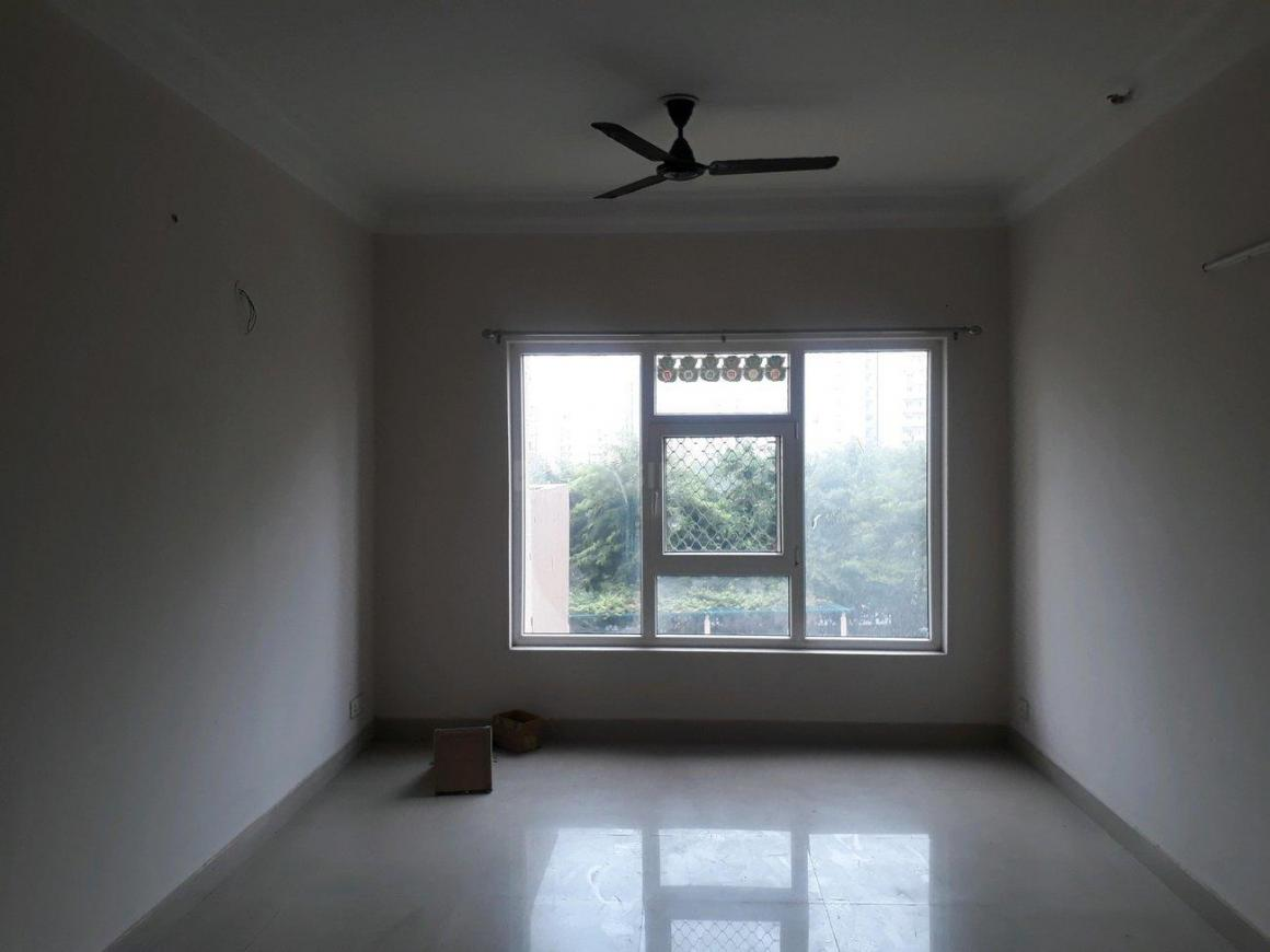 Living Room Image of 1685 Sq.ft 3 BHK Apartment for rent in Sector 137 for 20000