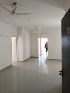 Gallery Cover Image of 1380 Sq.ft 3 BHK Apartment for rent in Noida Extension for 7000