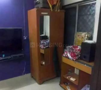 Gallery Cover Image of 370 Sq.ft 1 RK Apartment for rent in Bandra West for 24000