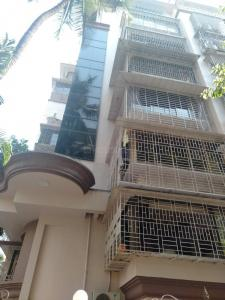 Gallery Cover Image of 750 Sq.ft 1 BHK Apartment for buy in Borivali East for 10000000