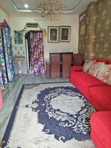 Gallery Cover Image of 4000 Sq.ft 2 BHK Independent Floor for buy in Borabanda for 17000000
