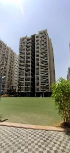 Gallery Cover Image of 2165 Sq.ft 3 BHK Apartment for buy in Shree Balaji Wind Park, Khodiyar for 10399000