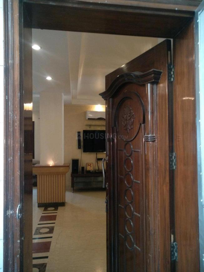 Main Entrance Image of 1500 Sq.ft 3 BHK Apartment for rent in Vasant Kunj for 100000
