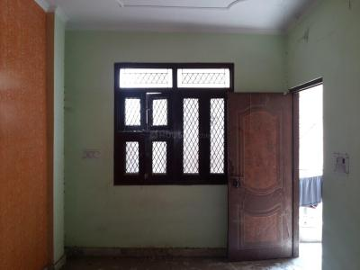Gallery Cover Image of 450 Sq.ft 1 BHK Independent Floor for rent in Paschim Vihar for 8500