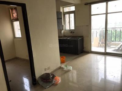 Gallery Cover Image of 925 Sq.ft 3 BHK Apartment for rent in Amrapali Princely Estate, Sector 76 for 15500