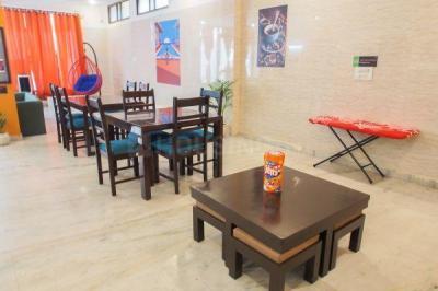 Dining Area Image of Coho Stays in Sushant Lok I