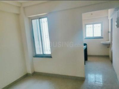 Gallery Cover Image of 375 Sq.ft 1 BHK Apartment for rent in Parel for 18000