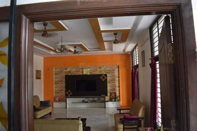 Gallery Cover Image of 5400 Sq.ft 8 BHK Villa for buy in Rajakilpakkam for 32500000