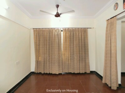 Gallery Cover Image of 830 Sq.ft 2 BHK Apartment for buy in Abrol Krishna Palace, Kandivali East for 13800000
