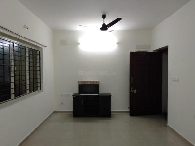 Gallery Cover Image of 915 Sq.ft 2 BHK Apartment for rent in Tambaram for 15000
