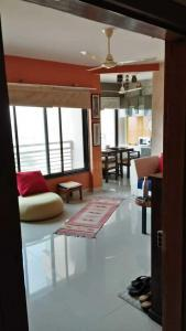 Gallery Cover Image of 1350 Sq.ft 2 BHK Apartment for buy in Chharodi for 4800000