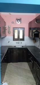 Gallery Cover Image of 1500 Sq.ft 4 BHK Apartment for rent in Janakpuri for 40000