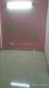 Gallery Cover Image of 400 Sq.ft 1 BHK Independent Floor for rent in Shakarpur Khas for 9000