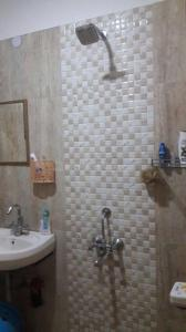 Gallery Cover Image of 500 Sq.ft 1 BHK Apartment for rent in Khanpur for 6250