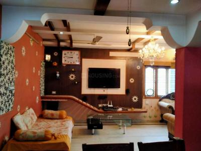 Gallery Cover Image of 1200 Sq.ft 2 BHK Apartment for rent in Puppalaguda for 20000