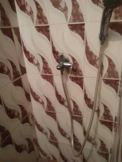 कस्बा में होम्स पीजी में बाथरूम की तस्वीर