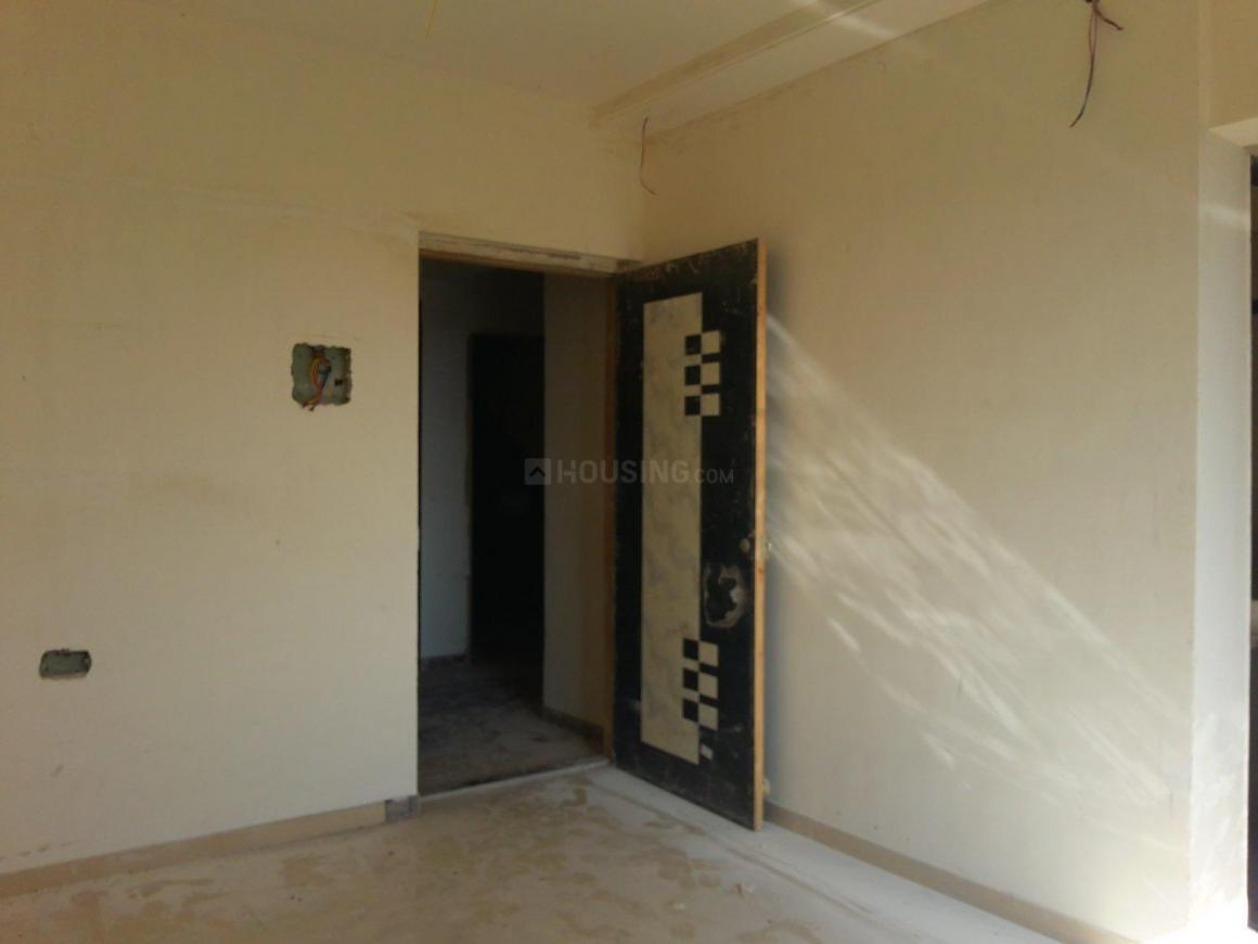 Living Room Image of 600 Sq.ft 1 BHK Apartment for buy in Malad West for 11000000