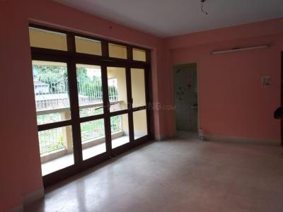 Gallery Cover Image of 2000 Sq.ft 3 BHK Apartment for rent in Behala for 30000