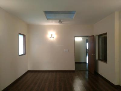 Gallery Cover Image of 2250 Sq.ft 3 BHK Independent Floor for rent in DLF Phase 4 for 65000