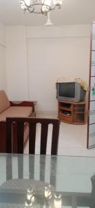 Gallery Cover Image of 820 Sq.ft 2 BHK Apartment for rent in Dholakia Dholakia, Andheri East for 30000