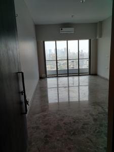 Gallery Cover Image of 1050 Sq.ft 2 BHK Apartment for rent in Sheth Beaumonte, Sion for 80000