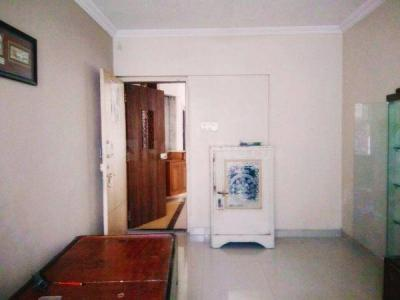 Gallery Cover Image of 700 Sq.ft 1 BHK Apartment for buy in Andheri West for 13500000
