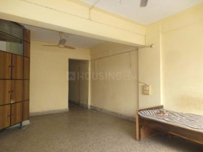 Gallery Cover Image of 1000 Sq.ft 2 BHK Apartment for rent in Bandra East for 55000