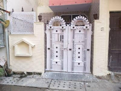 Gallery Cover Image of 1000 Sq.ft 2 BHK Apartment for rent in Paschim Vihar for 16000