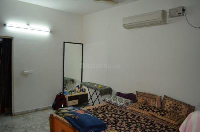 Gallery Cover Image of 2045 Sq.ft 3 BHK Apartment for rent in Shaikpet for 30000