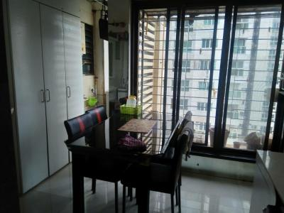Gallery Cover Image of 1200 Sq.ft 2 BHK Apartment for rent in Krishraj Tower, Borivali West for 40000