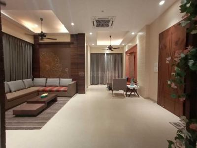 Gallery Cover Image of 3600 Sq.ft 3 BHK Apartment for buy in Oxford Navrang Heights, Kandivali West for 50000000