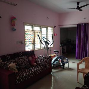 Gallery Cover Image of 1000 Sq.ft 2 BHK Independent House for rent in Peenya for 20000