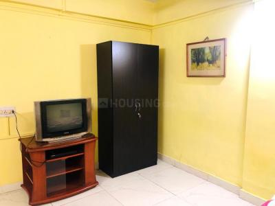 Gallery Cover Image of 560 Sq.ft 1 BHK Apartment for rent in Kalighat for 15000