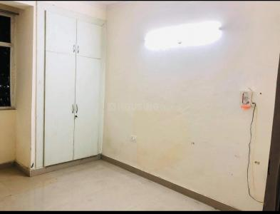 Gallery Cover Image of 1150 Sq.ft 1 RK Independent Floor for rent in Amrapali Silicon City, Sector 76 for 7000