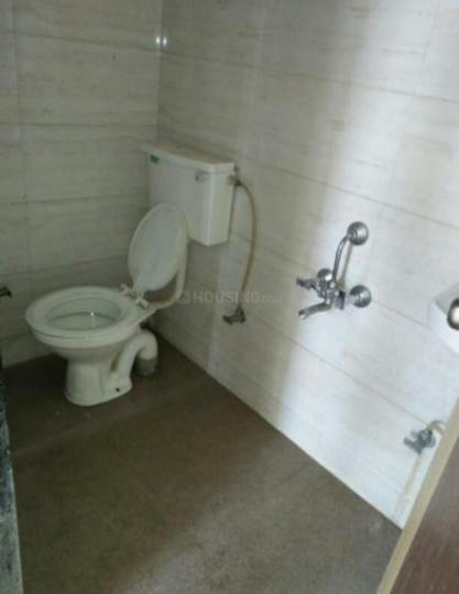 Common Bathroom Image of 1100 Sq.ft 2 BHK Apartment for rent in Nerul for 20000