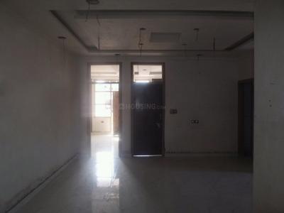 Gallery Cover Image of 900 Sq.ft 3 BHK Apartment for buy in Mayur Vihar Phase 1 for 4000000
