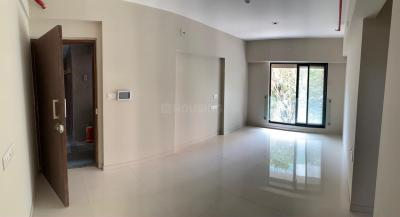 Gallery Cover Image of 756 Sq.ft 1 BHK Apartment for rent in Kanakia Zenworld Phase I, Kanjurmarg East for 30000