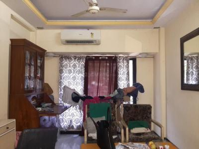Gallery Cover Image of 810 Sq.ft 2 BHK Apartment for rent in H2, Sion for 45000