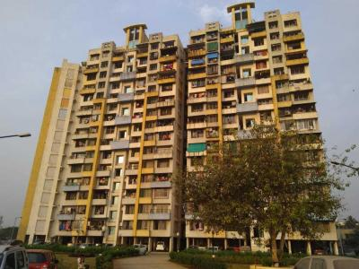 Gallery Cover Image of 1025 Sq.ft 2 BHK Apartment for rent in Mhatre Nagar for 13000