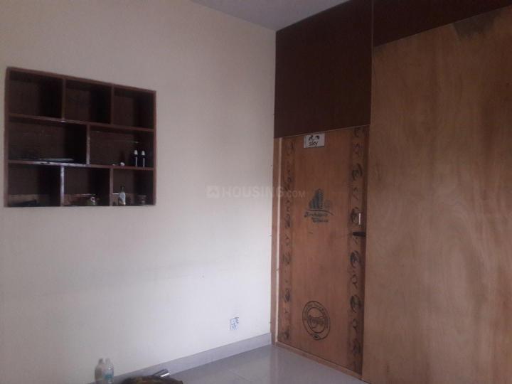 Bedroom Image of PG 4036374 Sarita Vihar in Sarita Vihar