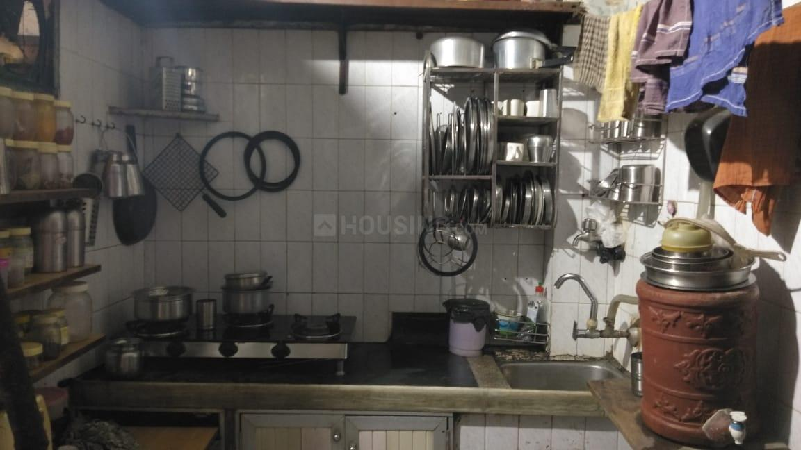 Kitchen Image of 400 Sq.ft 2 BHK Independent House for buy in Borivali West for 8500000