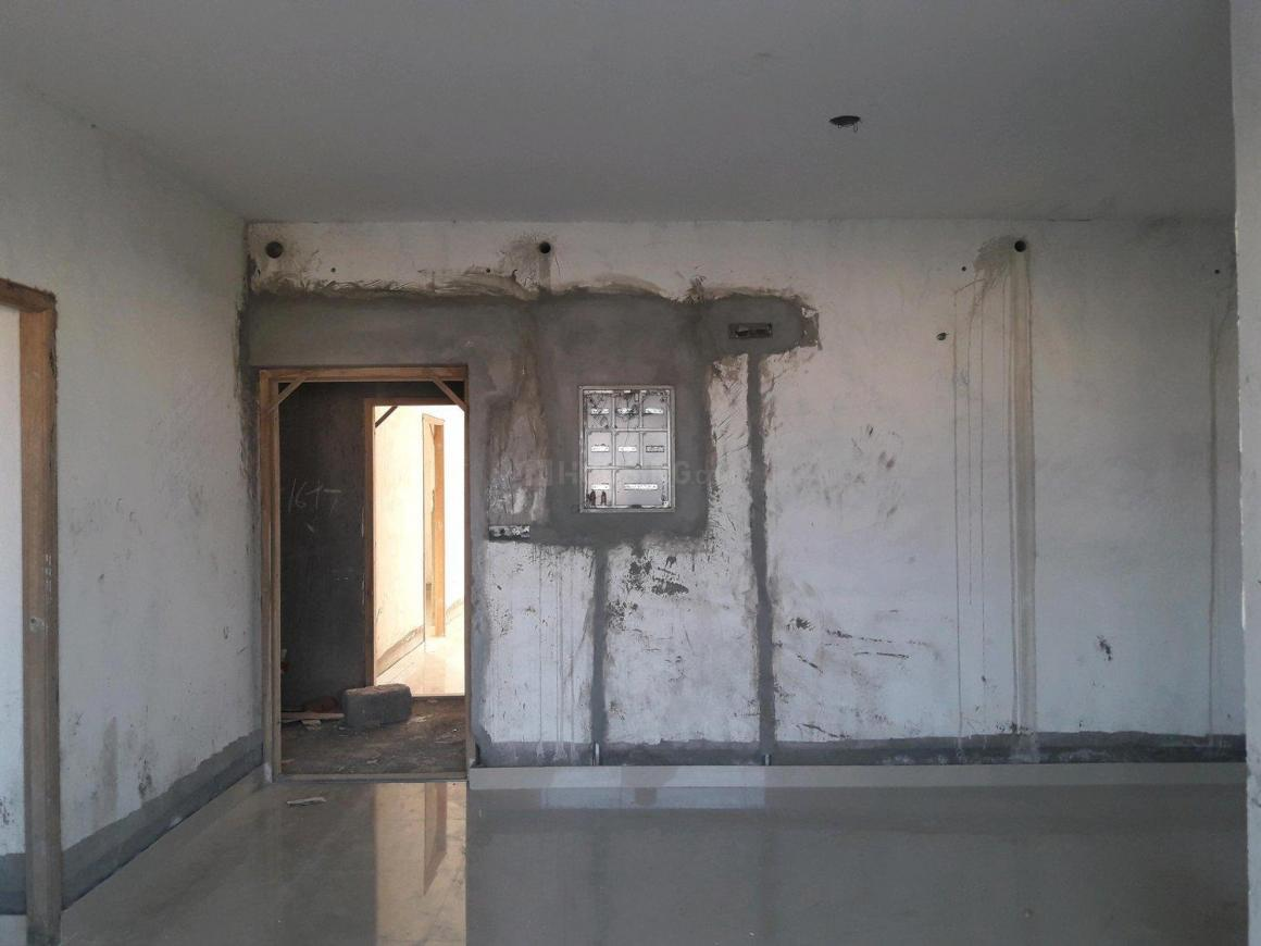 Living Room Image of 945 Sq.ft 2 BHK Apartment for buy in Kil Ayanambakkam for 5700000